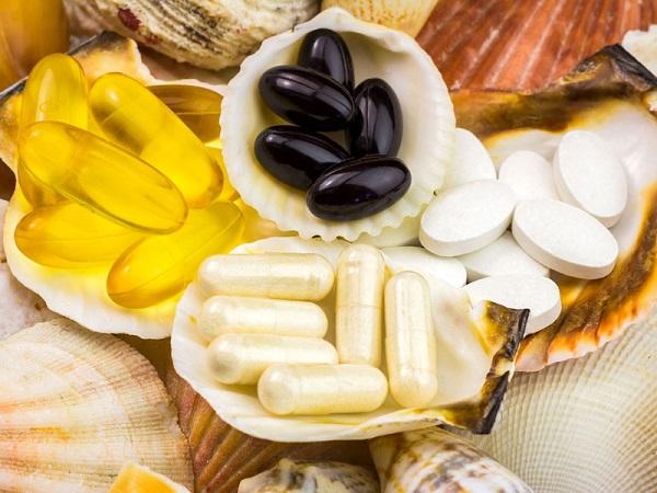 Hình: Trong tự nhiên, Glucosamine có trong vỏ ốc, vỏ sò và xương động vật